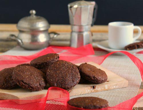 Biscotti simil grancereale al cioccolato