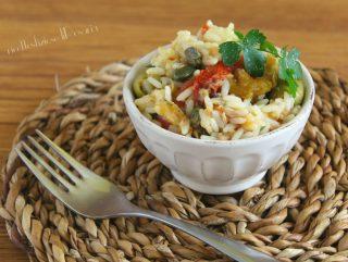 riso e peperoni in insalata