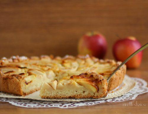 Crostata di mele con crema al succo di frutta