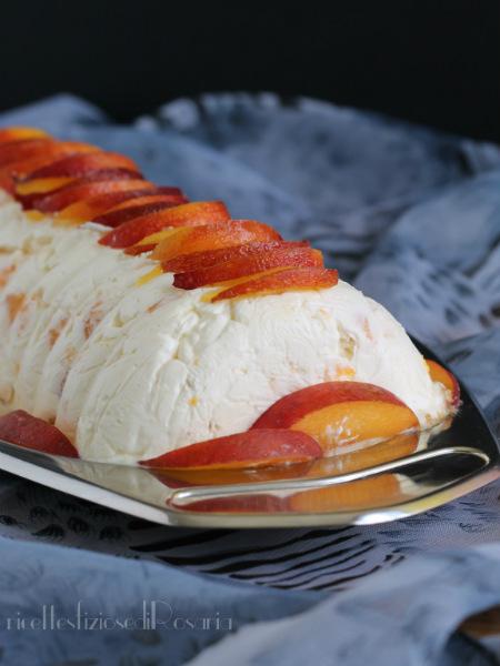 tronchetto gelato alle pesche