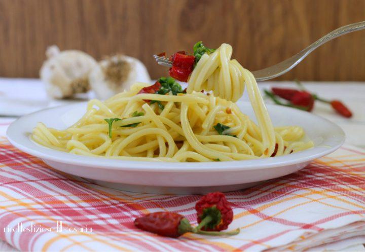 ricetta spaghetti aglio olio