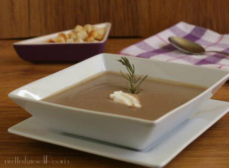 Vellutata di patate viola e yogurt