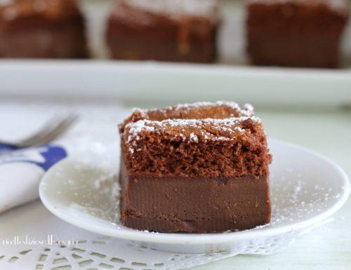 Torta magica al cioccolato e cannella