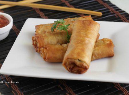Involtini cinesi fritti vegetariani con pasta fillo