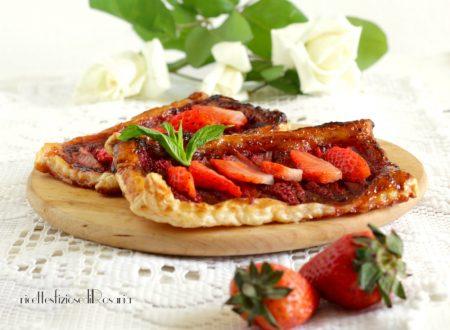 Sfogliatine con fragole e confettura