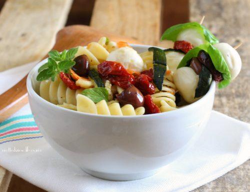 Fusilloni freddi  zucchine e pomodori confit
