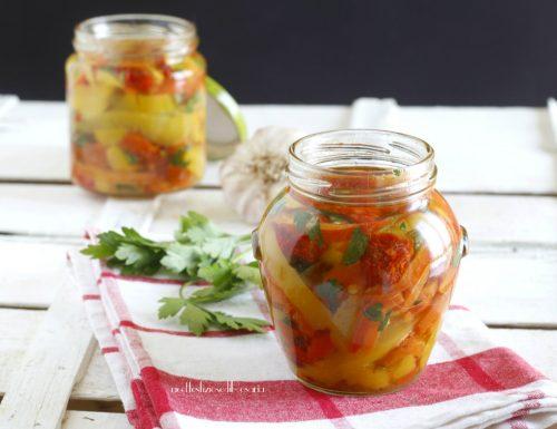 Peperoni e pomodori secchi sott'olio