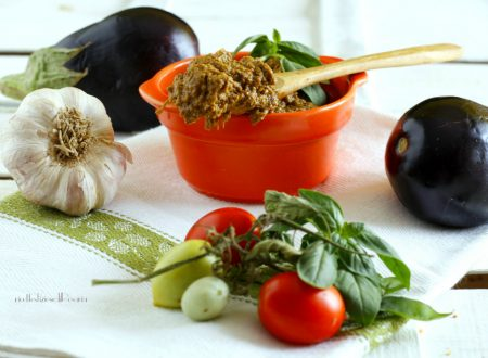 Pesto pomodori e melanzane