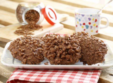 Biscotti al cacao con riso soffiato