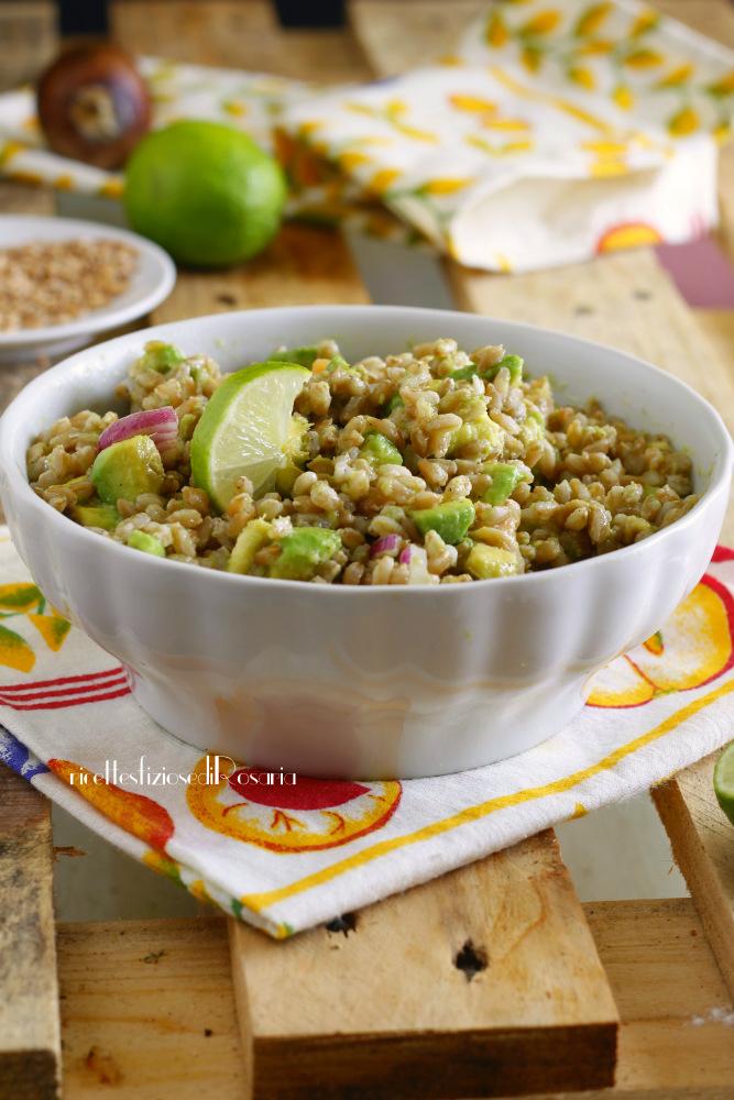 insalata farro avocado