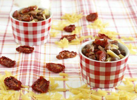 Pasta fagioli e pomodori secchi