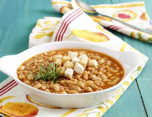 Zuppa fagioli di soia e farro