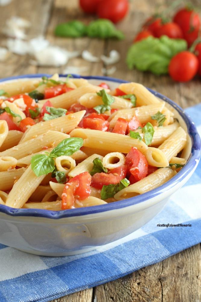 pasta fredda pomodorini e pecorino