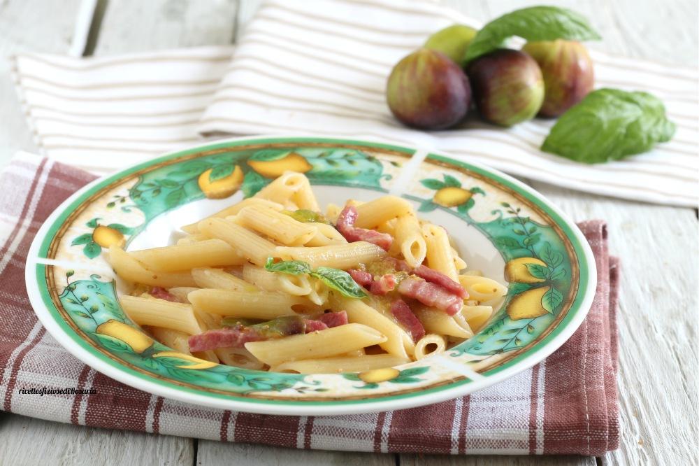 pasta fichi e pancetta affumicata