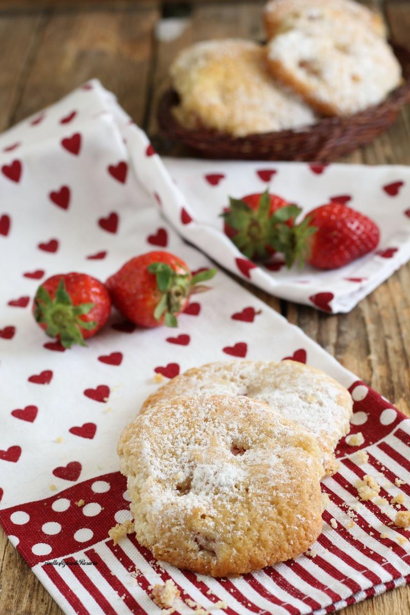 biscotti morbidi fragole e panna