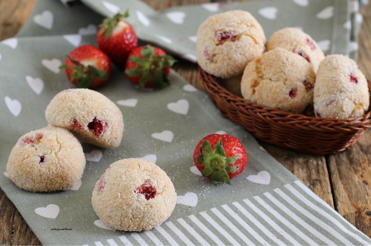 biscotti cocco e fragole