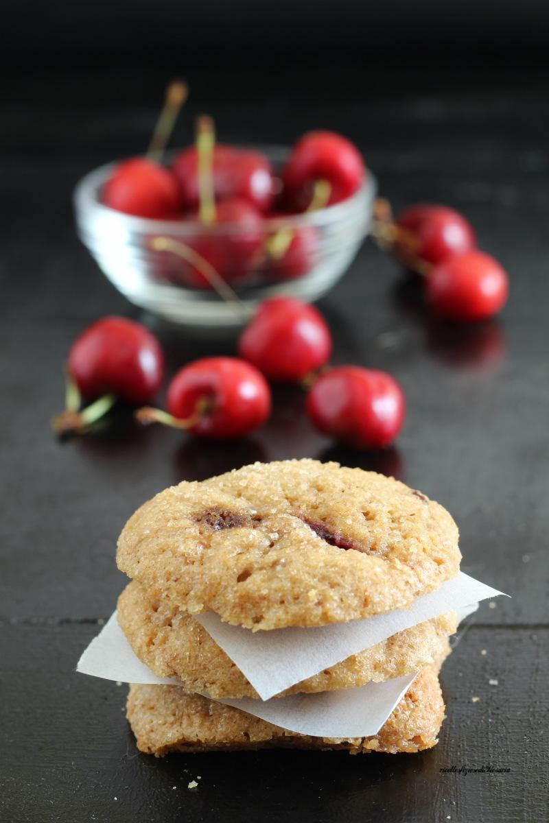 cookies con ciliegie e muscovado