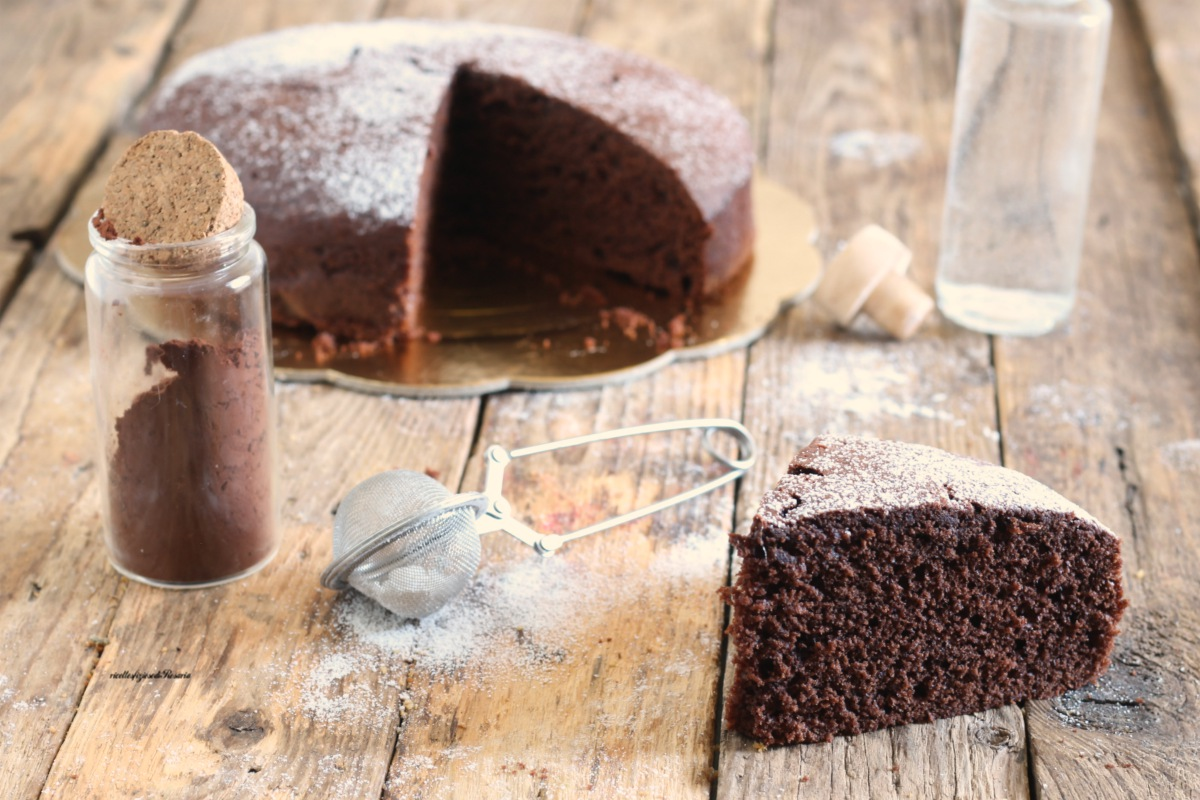 torta all'acqua con cacao