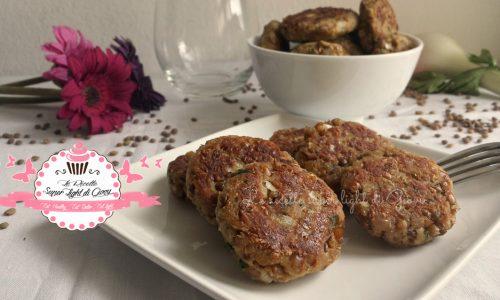 Polpette light di lenticchie e tonno (27 calorie l'una)