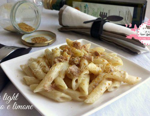 Penne light al tonno profumate al limone – ricetta facile (395 calorie)
