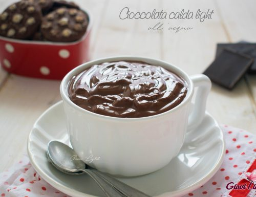 Cioccolata calda light all'acqua