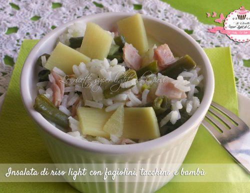 Insalata di riso light con fagiolini, tacchino e bambù (330 calorie)