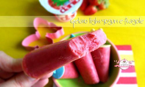 Gelato light yogurt e fragole, con solo 3 ingredienti!