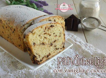 Pandolce light con vaniglia e cioccolato