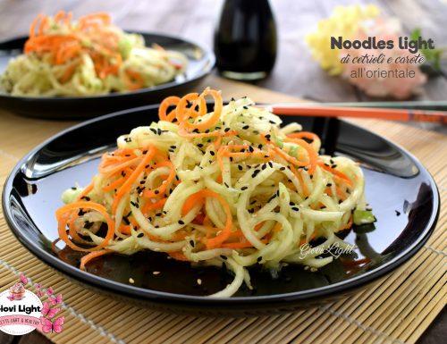 Noodles light di cetrioli e carote all'orientale