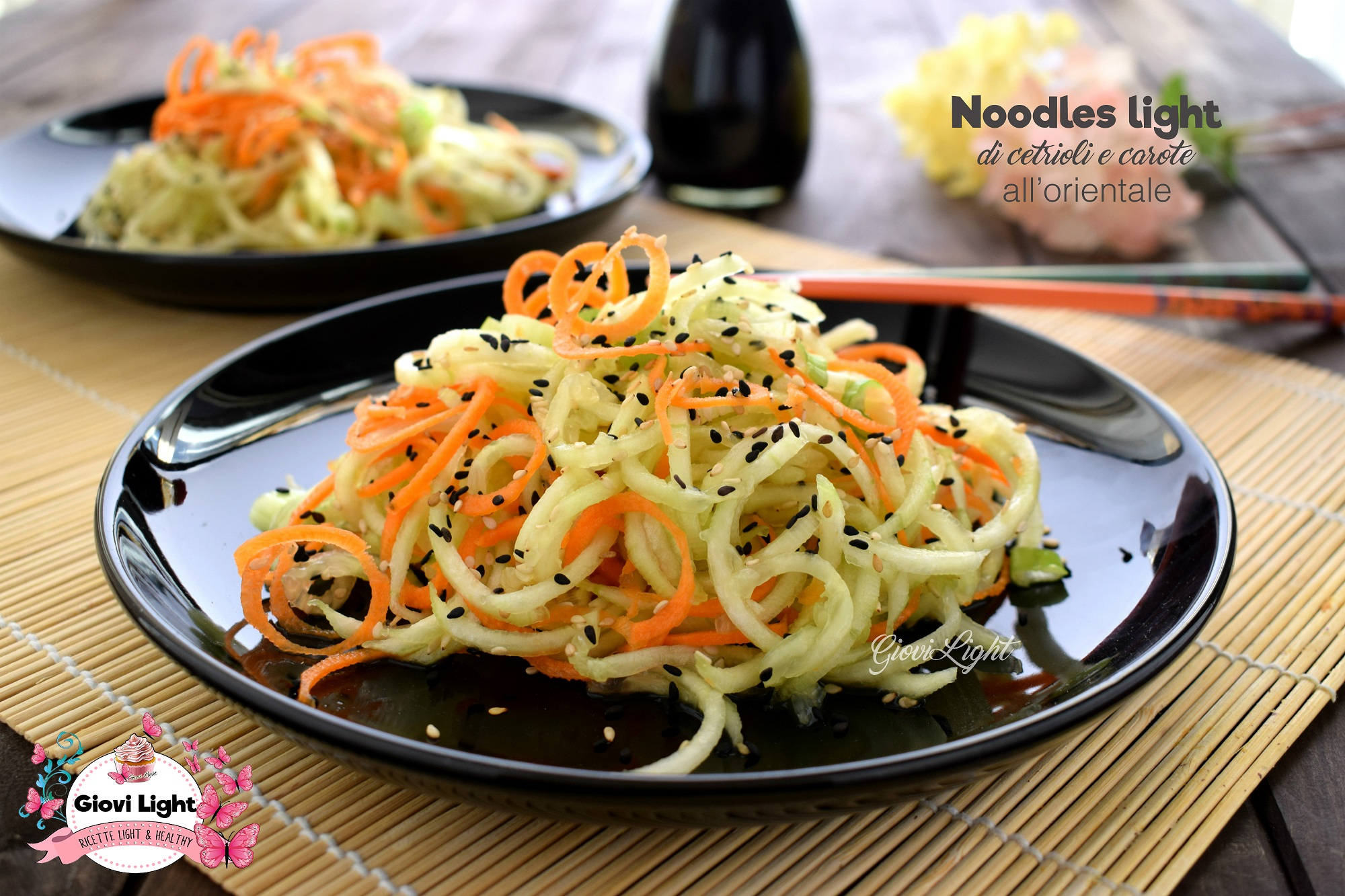 Noodles light di cetrioli e carote all\u0027orientale