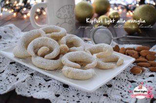 Kipferl light alla vaniglia senza glutine, latticini e lievito