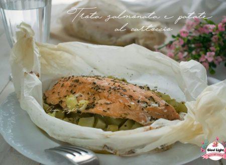 Trota salmonata e patate al cartoccio