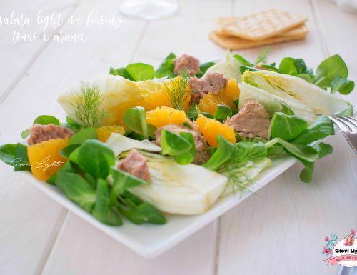 Insalata light con finocchi, tonno e arance