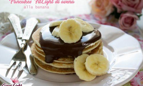Pancakes FitLight di avena alla banana – senza grassi, zucchero e latticini