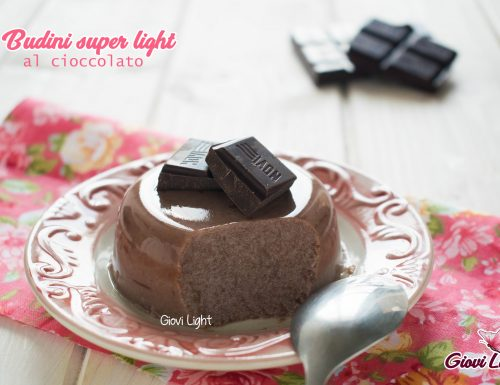Budini super light al cioccolato –  senza zucchero, pochissimi grassi e a basso ig!