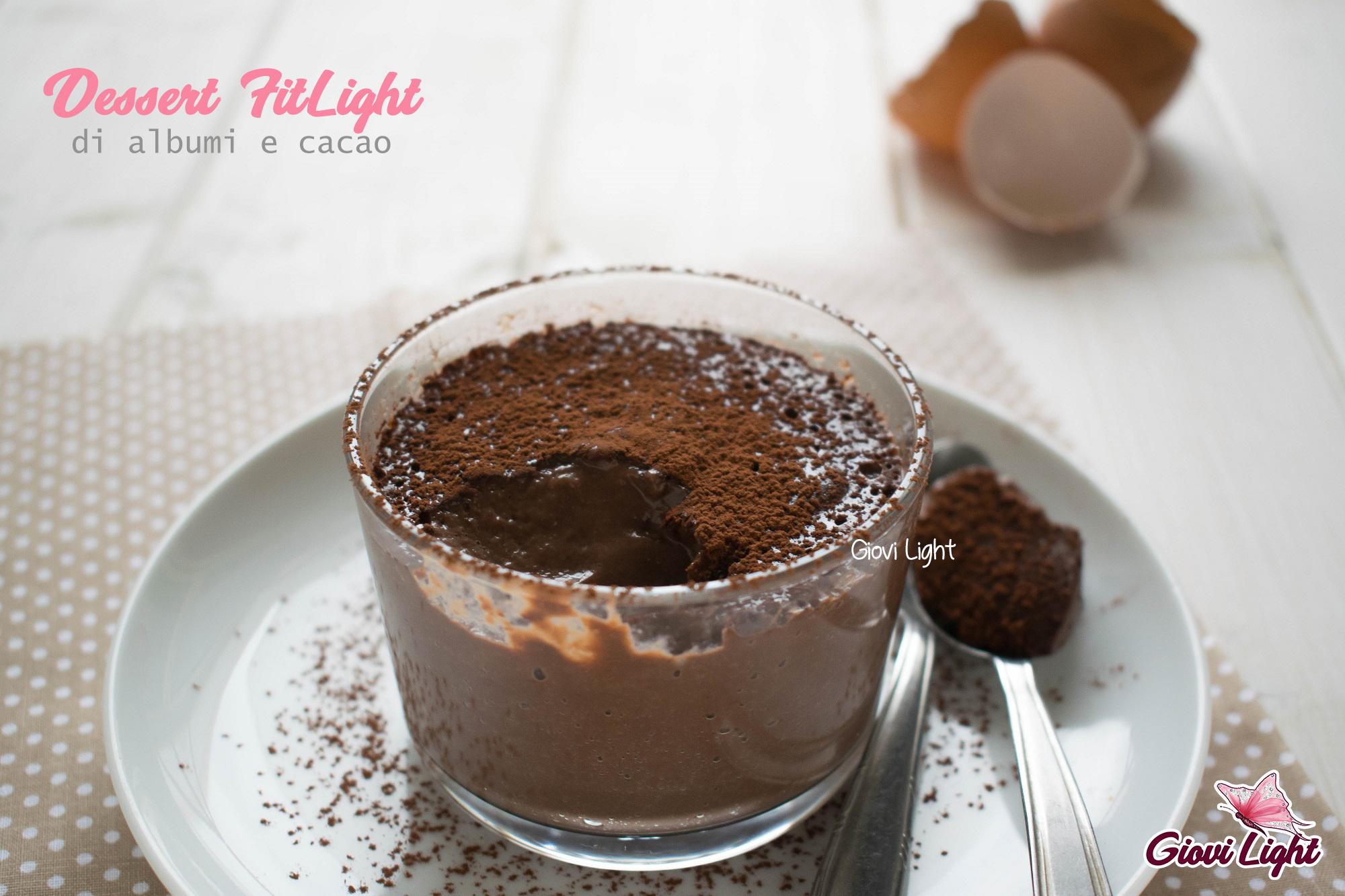 Dessert FitLight di albumi e cacao
