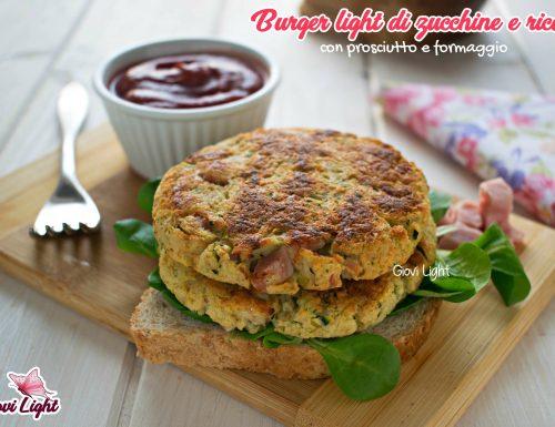Burger light di zucchine e ricotta con prosciutto e formaggio