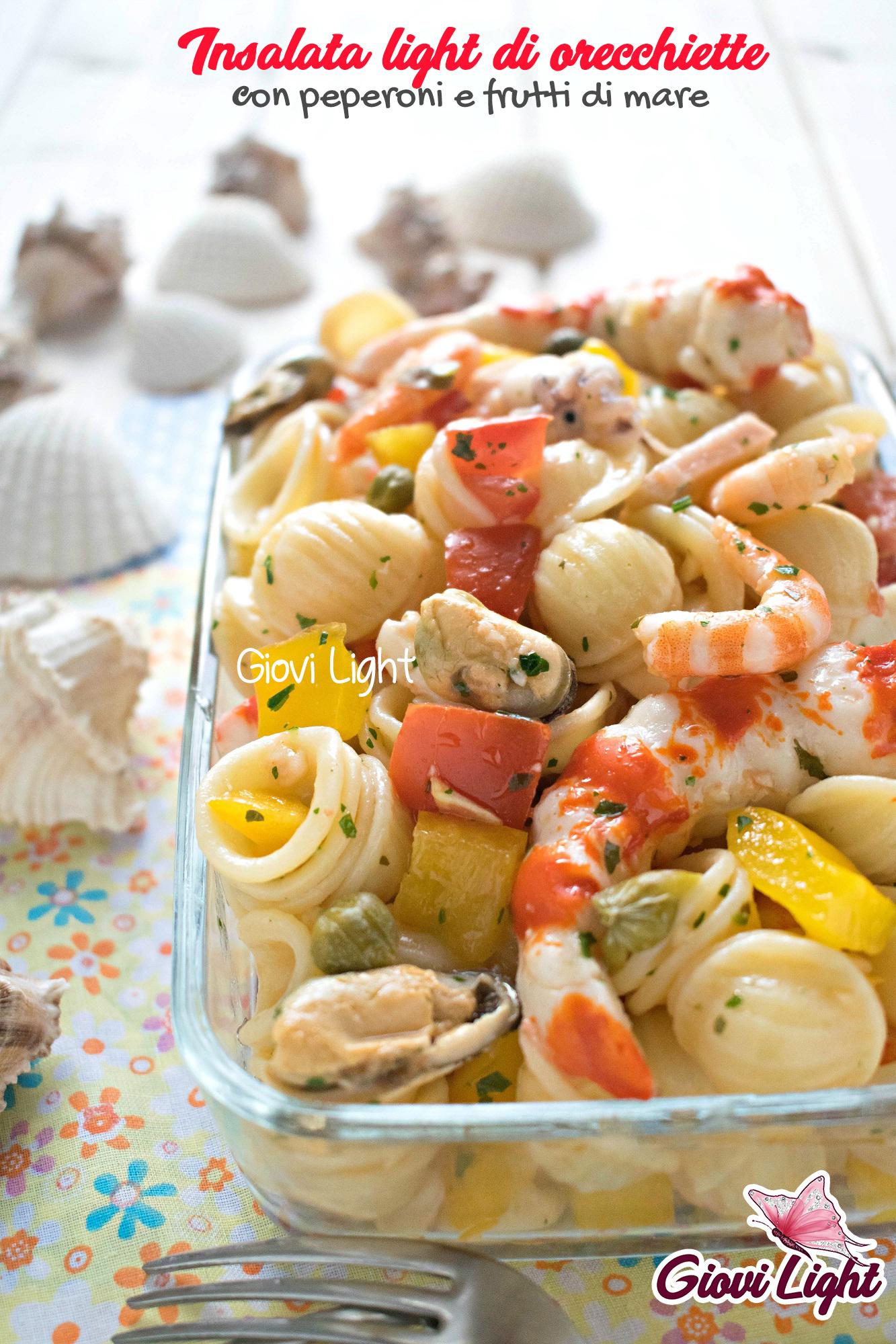 Insalata light di orecchiette con peperoni e frutti di mare