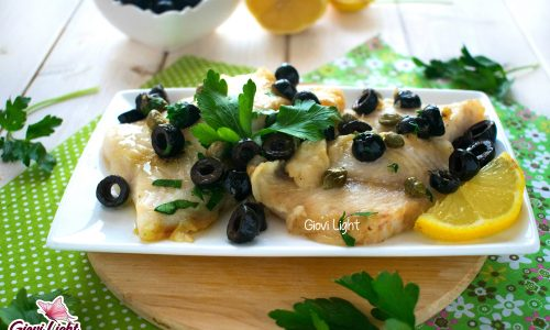 Filetti di pesce light con capperi e olive