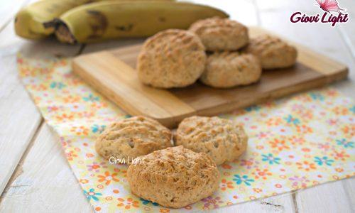 Biscotti light alla banana, senza zucchero, latte e uova – con il bimby e senza