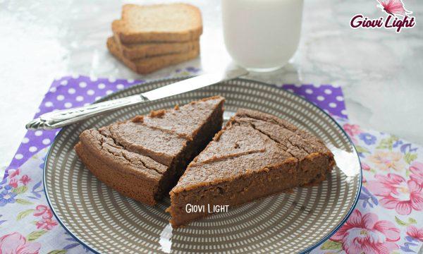 Torta light di fette biscottate al cacao