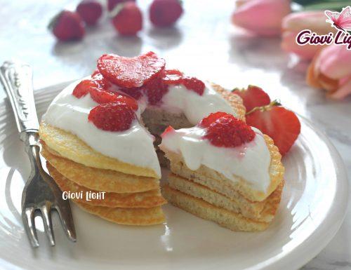 Pancakes FitLight allo SKYR e fragole CON IL BIMBY e senza