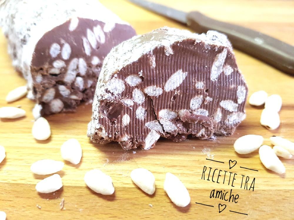 Salame al cioccolato con riso soffiato