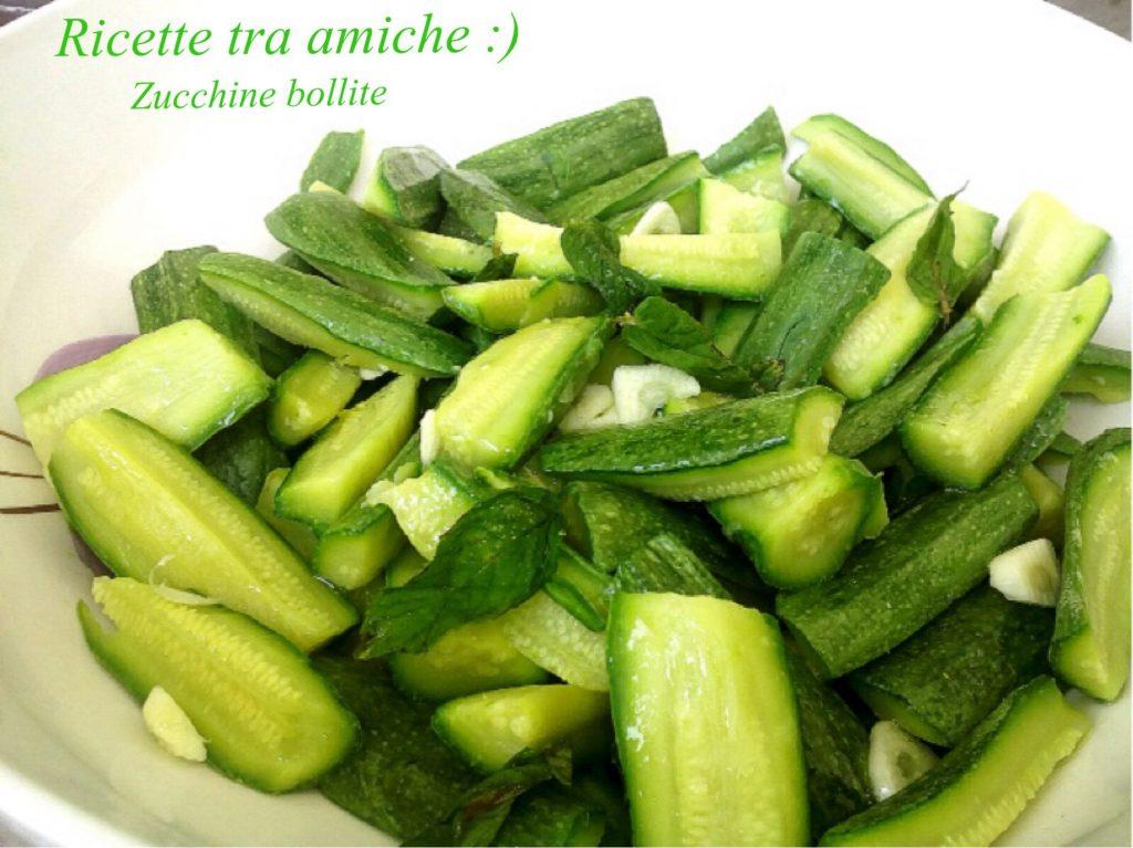 Zucchine bollite ricetta light.