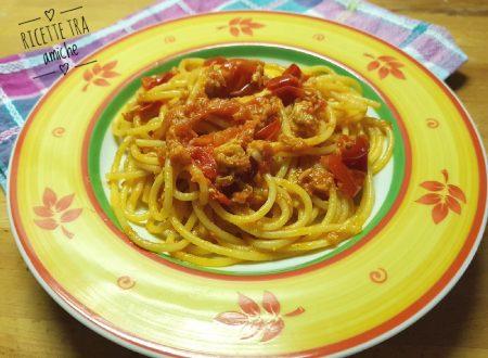 Spaghetti con il tonno e pomodorini