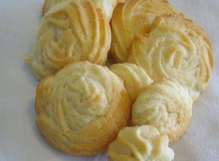 Biscotti alla panna