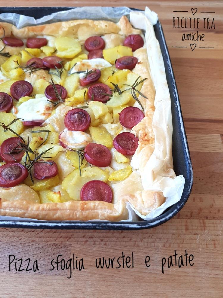 Pizza sfoglia wurstel e patate