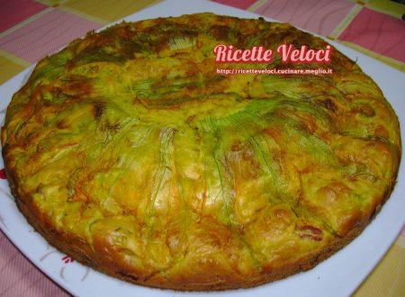 Torta salata con fiori di zucca e prosciutto cotto