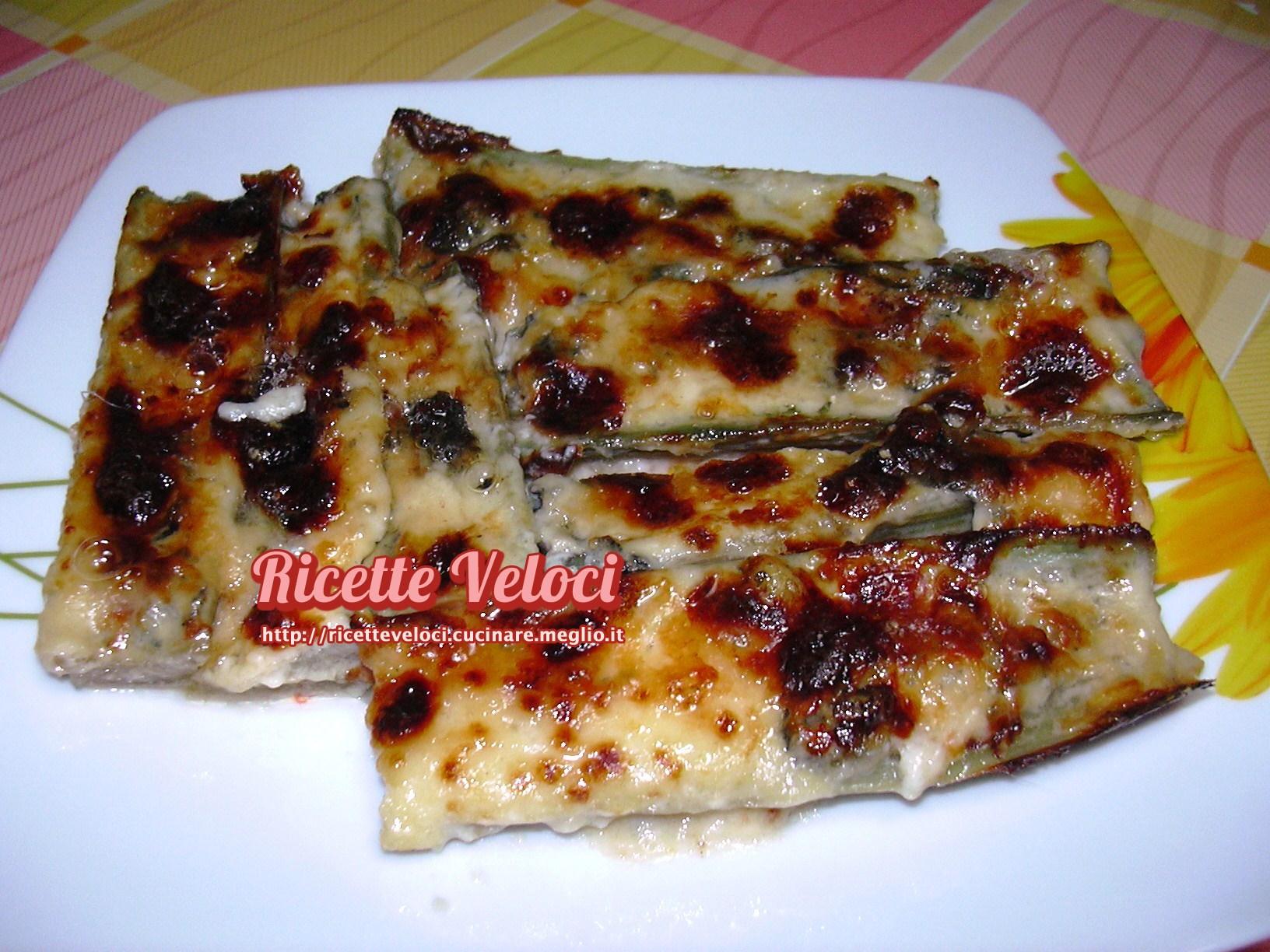 Cardi gratinati con gorgonzola piccante dop e besciamella - Cucinare i cardi ...