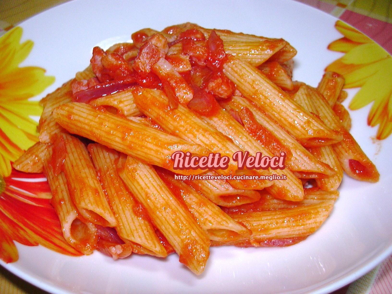 Ricetta pasta con sugo e pancetta